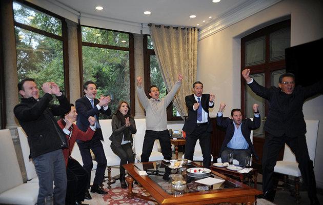 El presidente de México, Enrique Peña Nieto, celebrando un gol del América | Ximinia