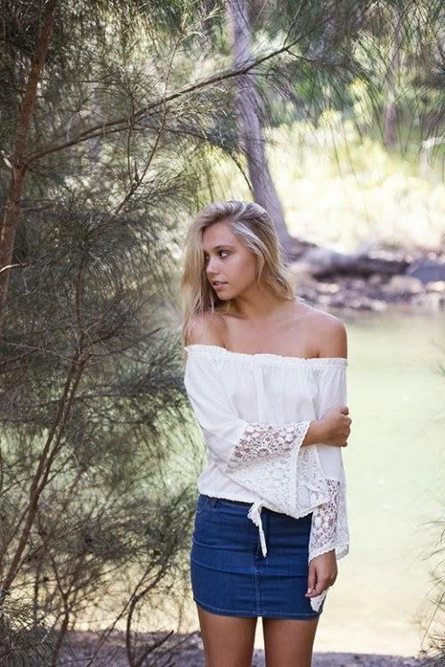 Alexis Ren linda sensual modelo ensaio fotográfico LifeWithoutAndy