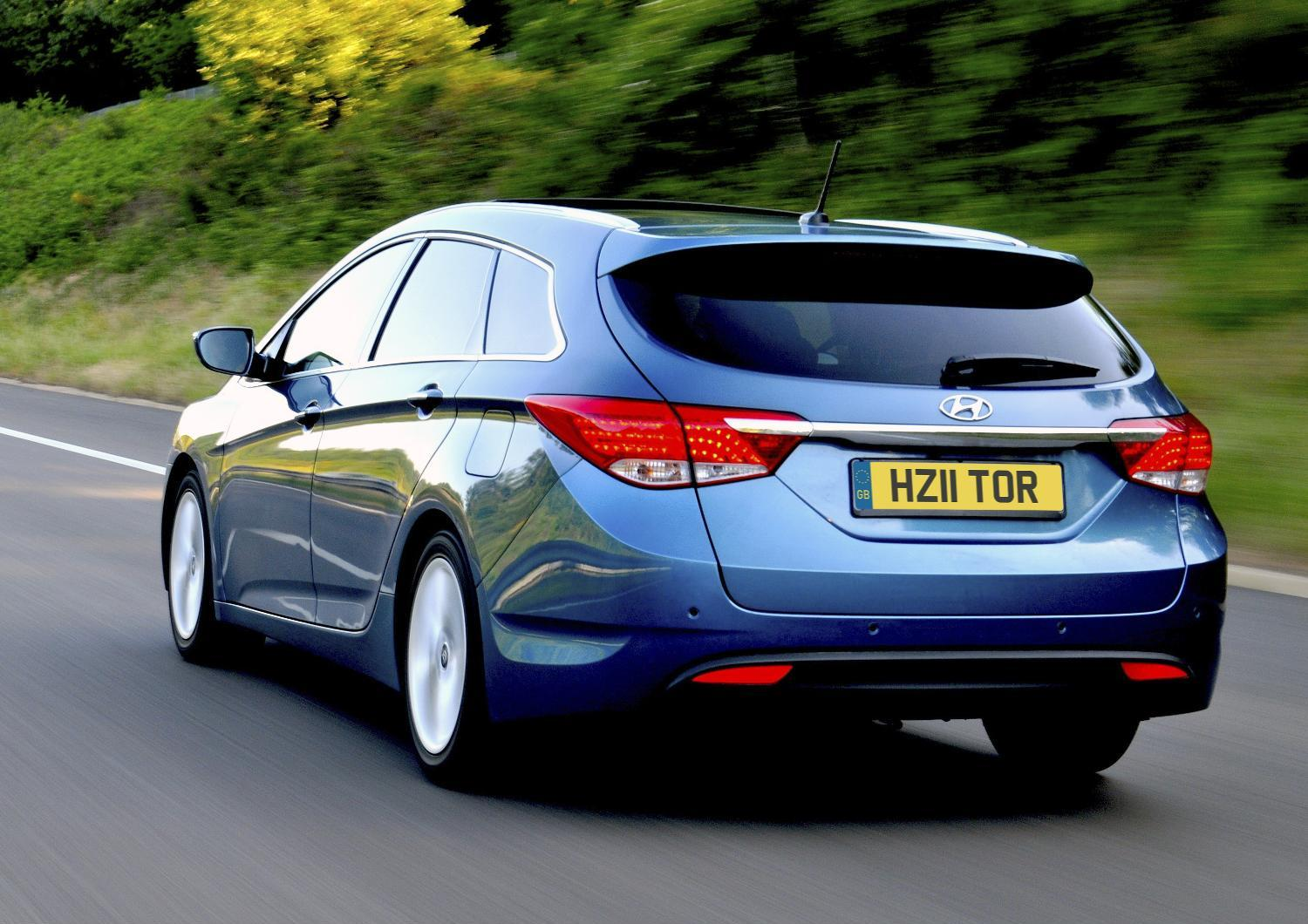 Motor Mania Buzz: Hyundai i40 Tourer pricing announced (UK)