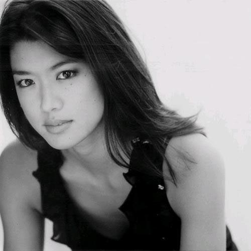 Adriane - Grace Park ( Hawaii Five-0 , Battlestar Galactica )