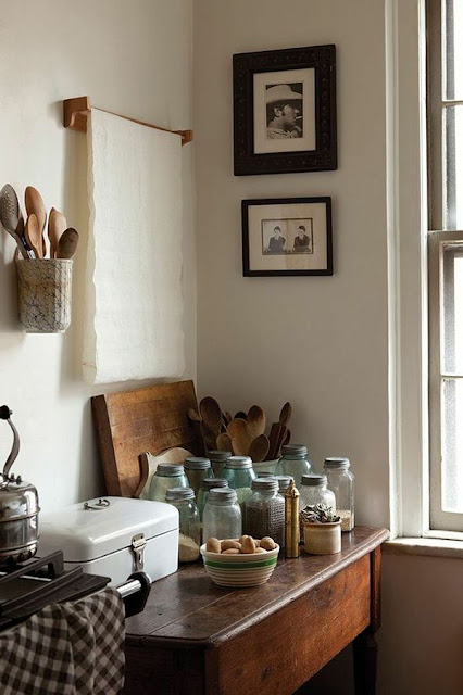 Moon to moon earthy bohemian kitchens for Earthy kitchen ideas