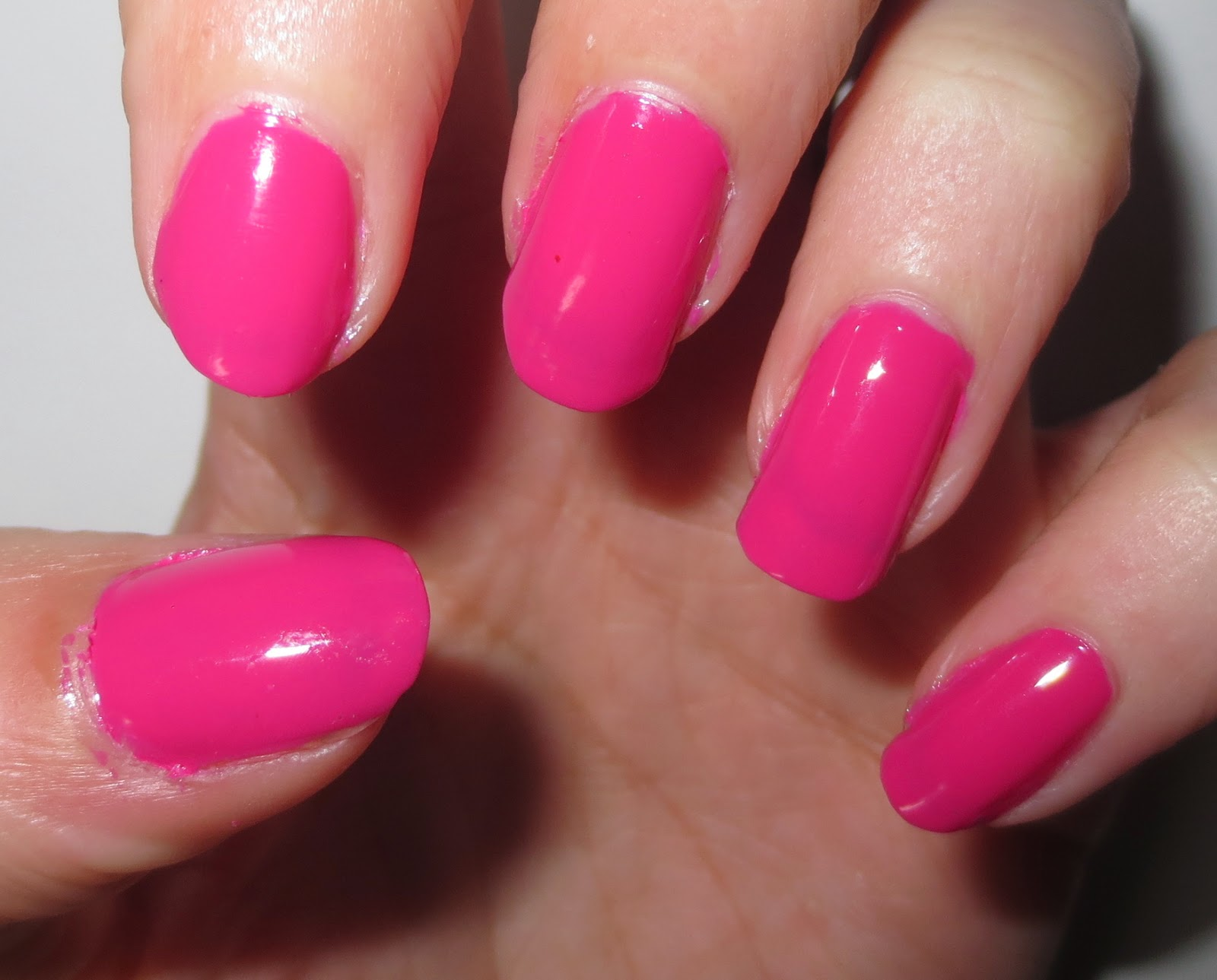 essence's colour & go nail polish in ultimate pink swatch