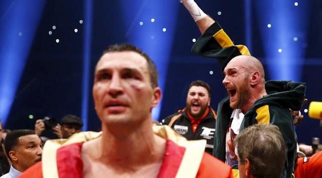 Tyson Fury Juara Baru Tinju Kelas Berat Dunia