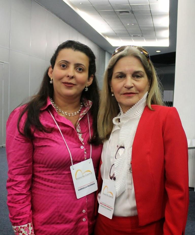 Professora Gabriella Freidman Mattos e sua mestra Maria do Carmo de Andrade Silva, Presidente do XIV Congresso de Sexualidade Humana