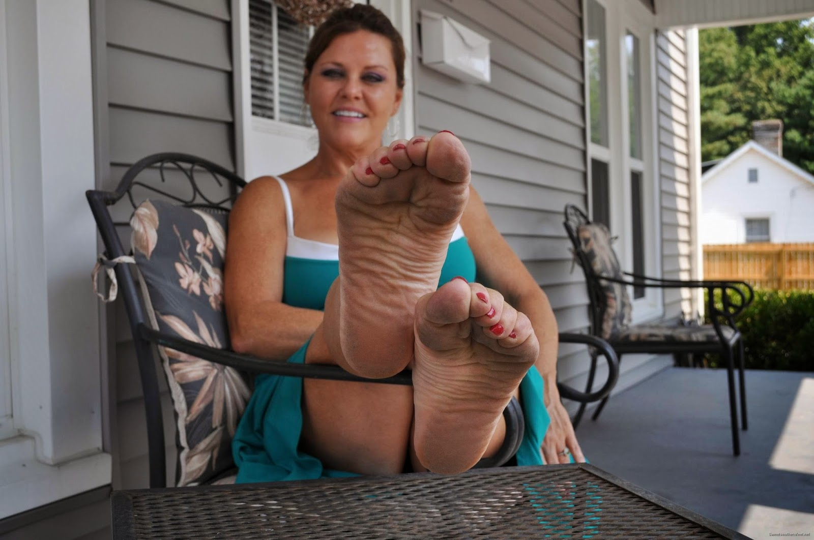 Foot fetish mature