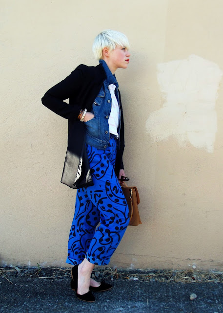 in style, patterned pants, fall fashion, pixie cut, red lipstick, look of the day, seattle street style