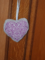 broderie machine coeur