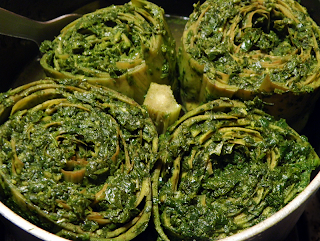 4 Stuffed Artichokes in Steamer