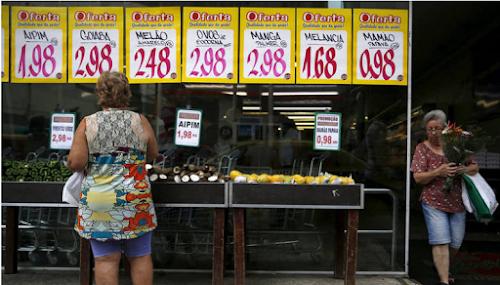 Inflação para famílias com renda mais baixa acumula 11,42%