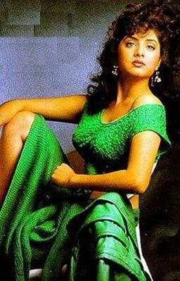 Divya Bharti Photos, Latest Divya Bharti Pictures & Movies Wallpapers