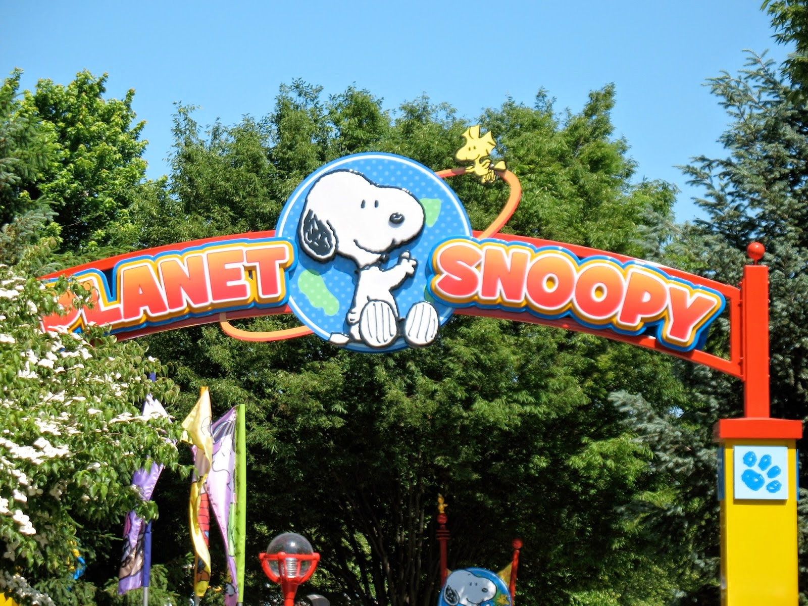 The Jersey Momma: PLANET SNOOPY Review in Dorney Park ...