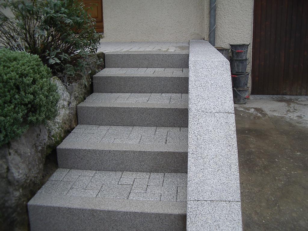 Hervier paysages escalier en bloc marche for Bloc marche escalier