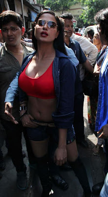 Veena Malik Hot photos at Kamathipura 013 Veena Malik hot Photoshoot at Kamathipura