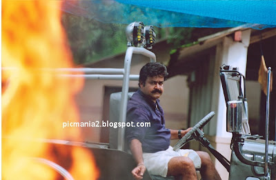 malayalam super star Mohanlal hot and rare photos unbelivable
