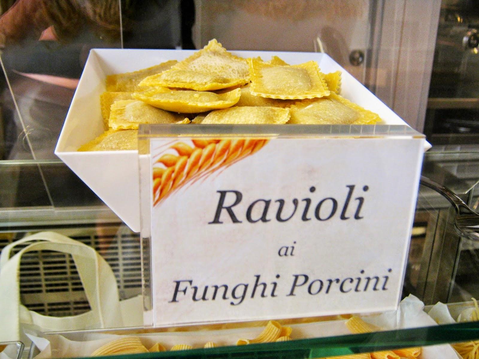 ravioli ai  funghi Pastasciutta