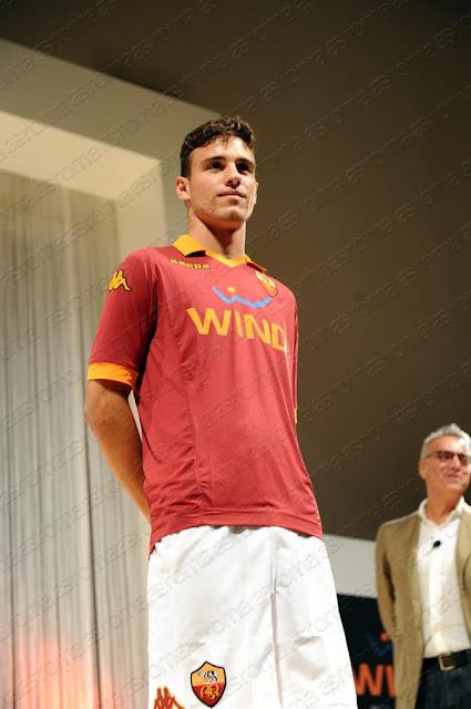 nuova maglia roma