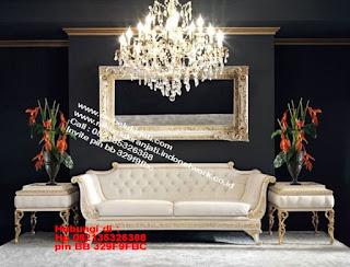Toko mebel jati klasik jepara,sofa cat duco jepara furniture mebel duco jepara jual sofa set ruang tamu ukir sofa tamu klasik sofa tamu jati sofa tamu classic cat duco mebel jati duco jepara SFTM-44080