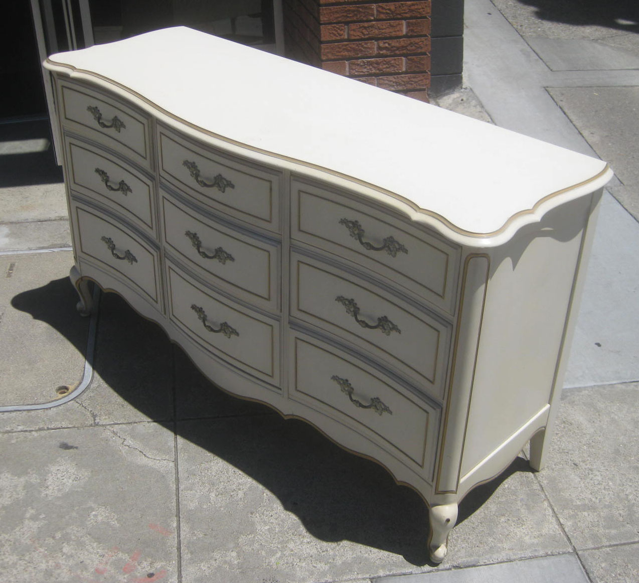 Uhuru Furniture Collectibles Sold French Provincial Chest Of