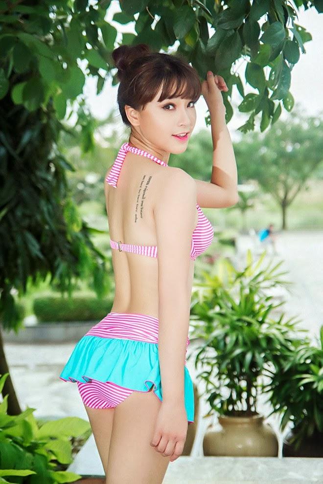 Hai Bang - with bikini