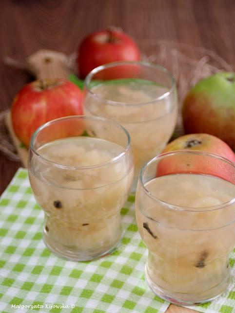 domowy deser jabłkowy