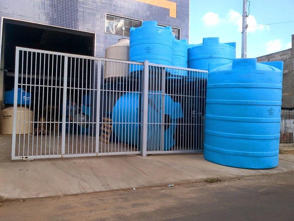 Tanque de polietileno acqualimp 5000 caixa for Estanque de agua 5000 litros