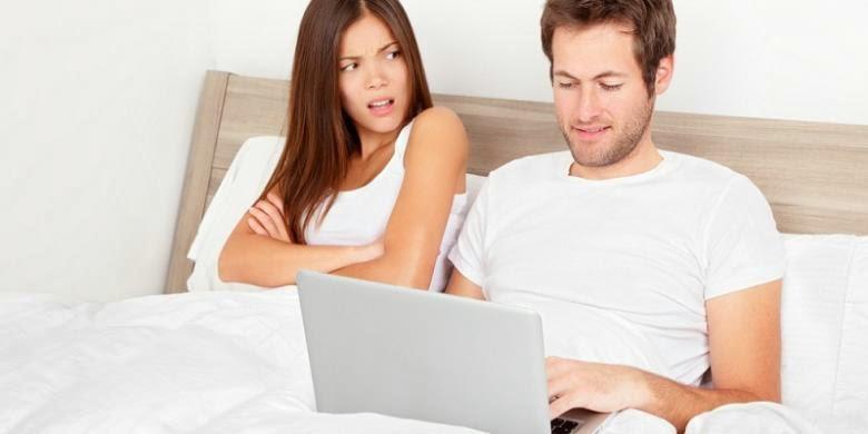 Tingkatkan Gairah Bercinta Dengan Film Porno