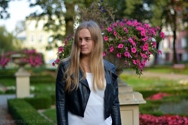 Elegancka | CNDirect