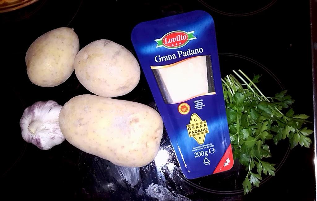 ingredientes: patatas, ajo, grana padano y perejil