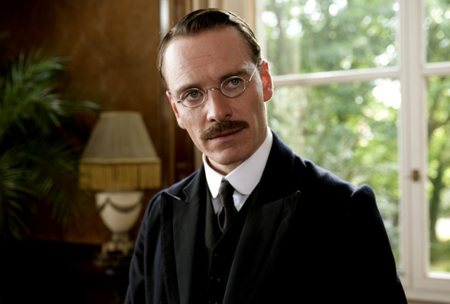 Pillados!! A-dangerous-method-20111010010406392_640w