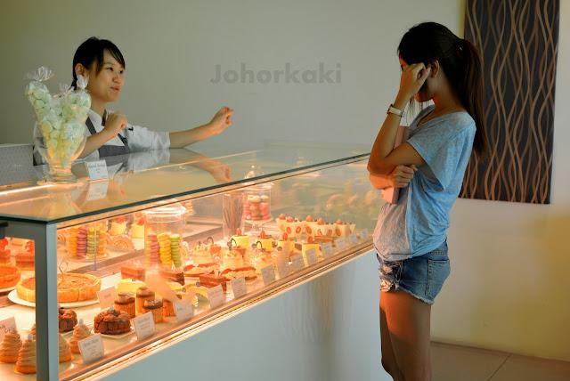 Johor-Cakes-Sugar-Pantry