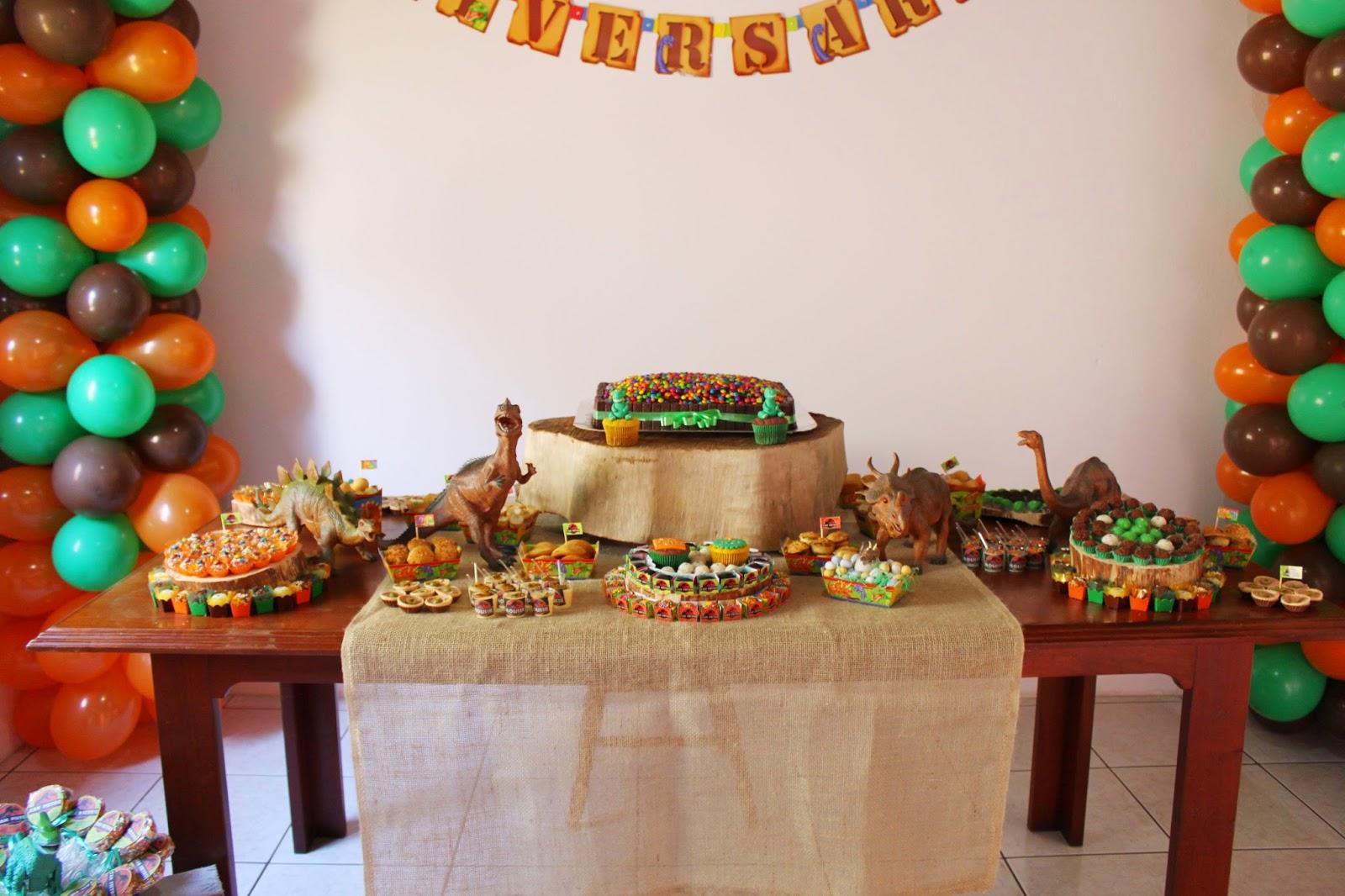 Festa Dinossauros Montando minha festa -> Decoração De Mesa Festa Dinossauro