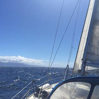 Preparando el barco para navegar. Jeanneau. Melody 35
