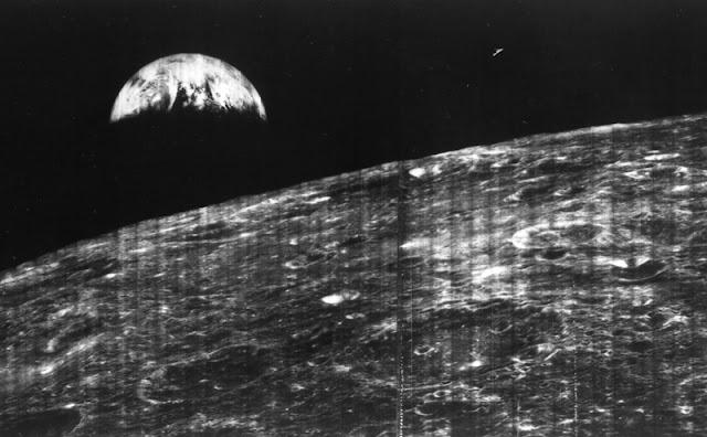 HARI INI 1966: Citra Bumi dari Orbit Bulan Dipotret untuk Kali Pertama