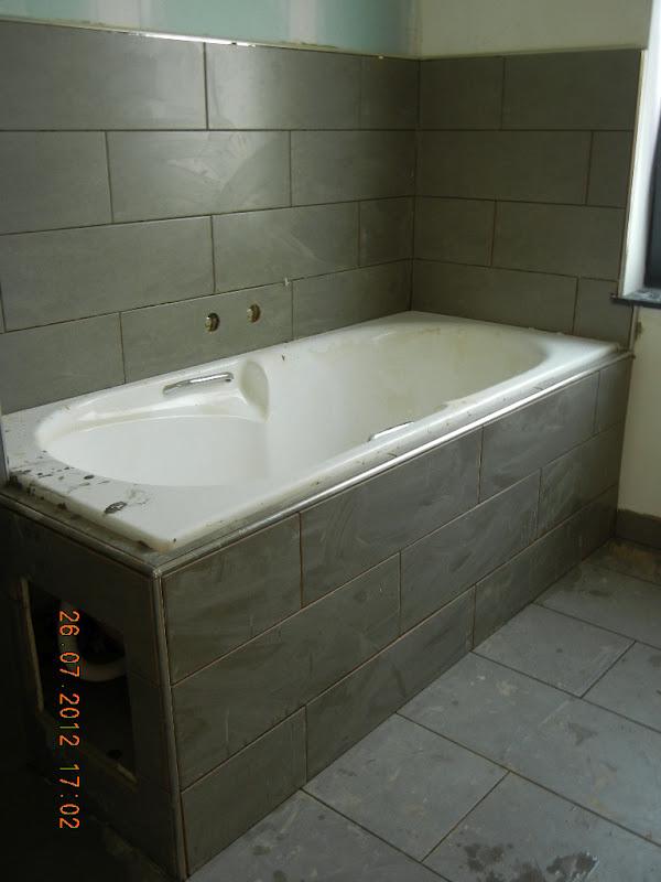 Kleersnijderslaan badkamer tegelen deel 2 - Plaat bad ...