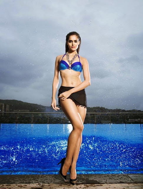 Nathalia Kaur UNSEEN HQ Sexy Horny pics in WET Bikini as she sqeezes her boobs