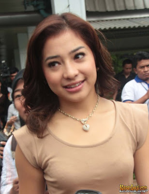 [Image: foto-nikita-willy.jpg]
