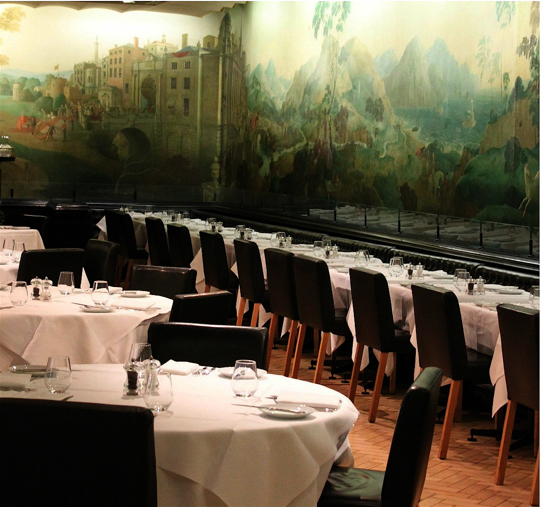 The devoted classicist rex whistler murals for Mural restaurant