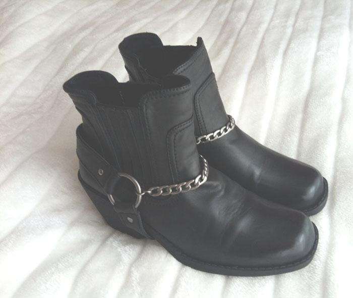 Munich-Fashion-Blog-Mode-Blog-Biker-Boots-Black Boots-Silver-Modeblog-München-Deutschland-ootd-outfit-Style-look-Muc-Modeblog