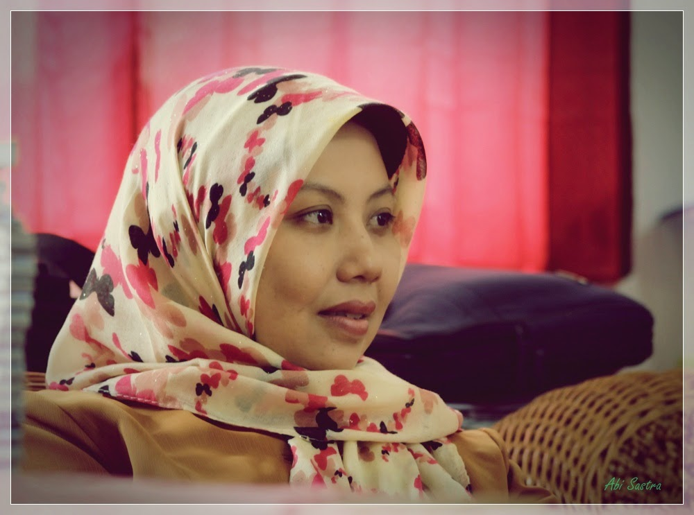 Lina Abu,ST