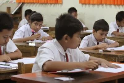 Bahan Ujian Sekolah untuk SD masih berdasar materi kurikum lama.