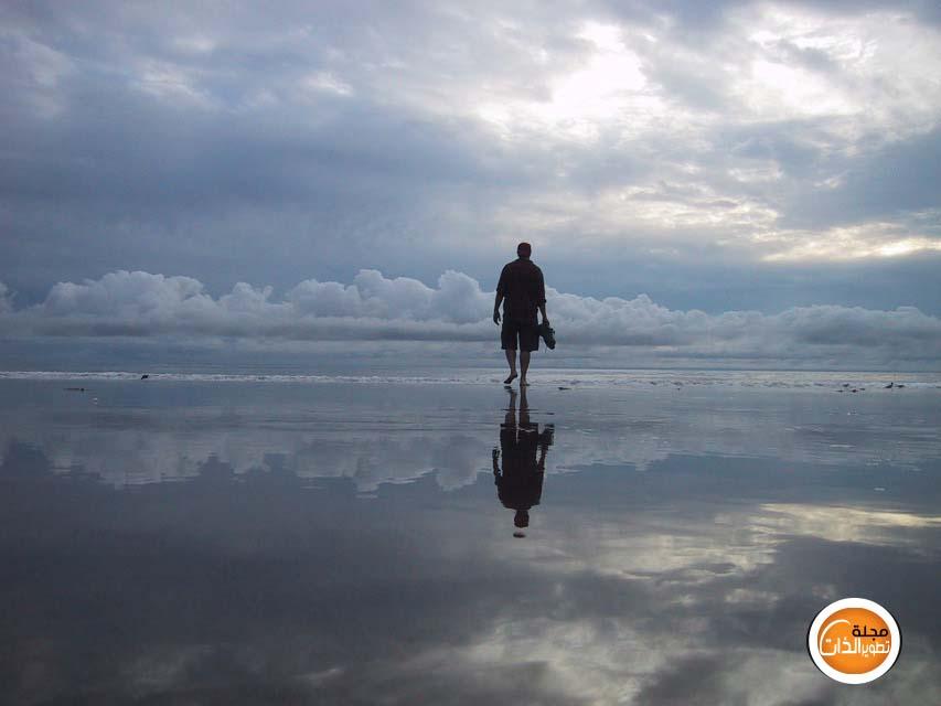 لا يأس مع الحياة Do not despair with life man-walks-on-water11