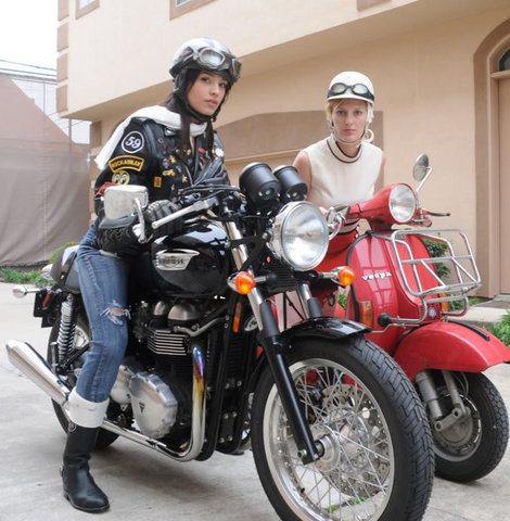 mods and rockers girls gals bikes mods vs rockers