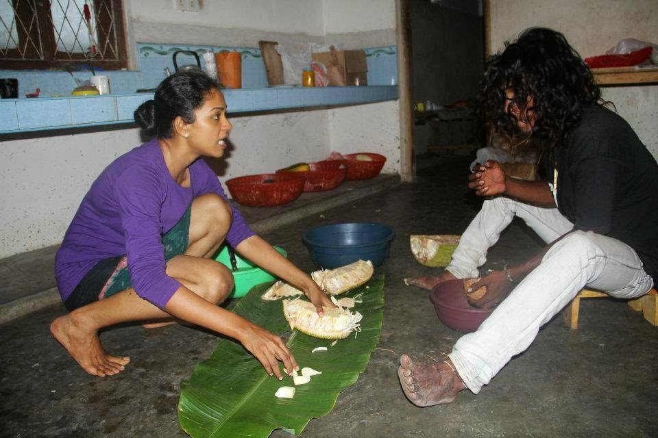 preparing jackfruit