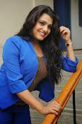 Tashu Kaushik Latest Glamorous Photos-thumbnail-15