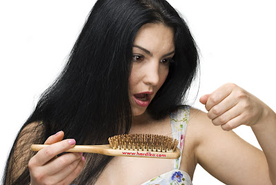 Kenali Apa Penyebab Rambut Rontok dan Cara Mengatasinya