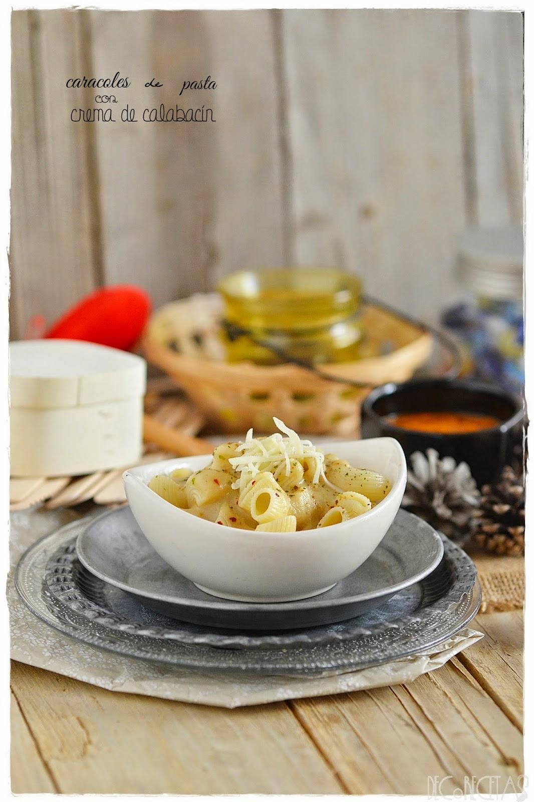caracoles de pasta con crema de calabacín