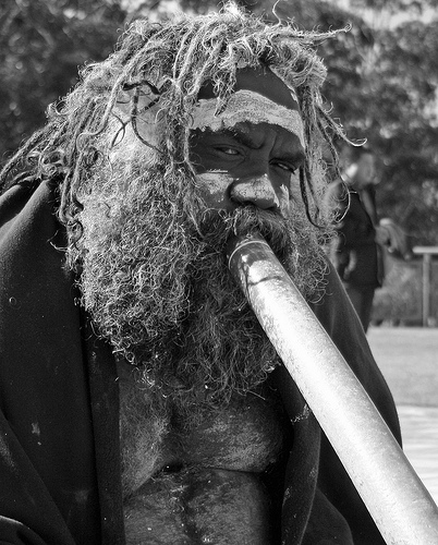 Aborigine at Echo Point, Katoomba (Australia). (Photo by Steve Austin)