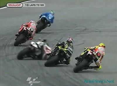 Foto dan Video Kecelakaan Marco Simoncelli di Sepang Malaysia Oktober ...