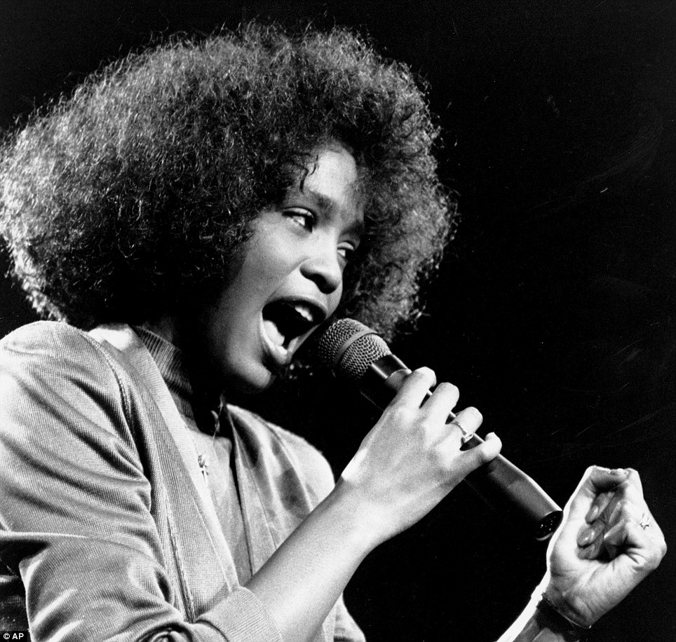 R i p whitney houston a life in pictures vintage everyday for The whitney