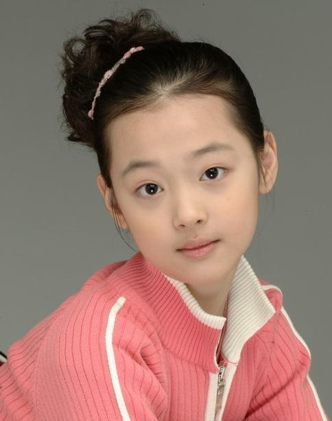 [PICTURE] Sulli f(x) Childhood Photo